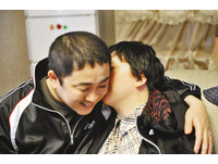 重慶女昏迷5年 日本丈夫30越洋光碟喚醒她