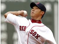 MLB/手肘術後首度練投 松坂明年有望復出