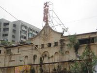 屋主不想留存 60年高雄大舞台戲院突遭違法拆除