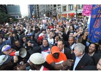 紐約旅遊會展局廣州宣傳 「歡迎來看抗議!」