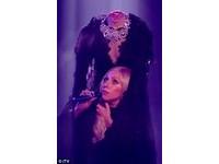 Lady Gaga驚人血腥斷頭秀 外媒譏「萬聖節早就過了」