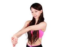 青春瑜珈啟動身體療癒力 3個動作告別五十肩