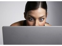 「臉書」遭駭客攻擊 色情暴力充斥!