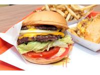 一例一休大家都漲 但這家漢堡店卻將套餐調降30~40元