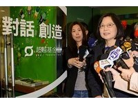 大砲署長楊志良選總統 蔡英文神回:好像每天都多對手