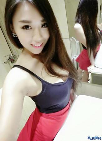 新加坡,巨乳,正妹,肩帶,走光