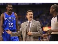 NBA/犯規多、罰球機會少 雷霆教頭為杜蘭特抱不平