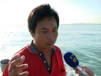 軍方砲擊一次降低半年漁獲量 漁民出海抗議索賠償