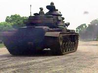 戰車強壓悍馬車 軍方疏失害死研究所孝子賴韋廷