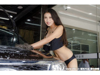1 |新疆比基尼美女洗车| 正妹| ETtoday图集| ETtoday 新闻云291方案