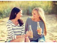 在朋友面前說錯話就GG了.... 網笑:最愛學ㄢㄤ天后