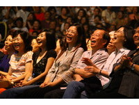 爆乳爆笑爆淚 余天演唱會爆滿歌迷笑中有淚