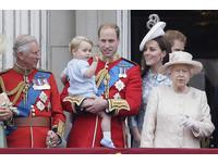 年薪240萬台幣!來幫女王管粉絲團 英王室徵「網路小編」