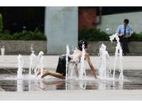 台灣「吹正南風」今早破30度 鄭明典:先想夏季要怎過