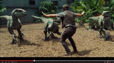 當《侏羅紀》3對1場景 換成「3個玩具與1名男孩」時