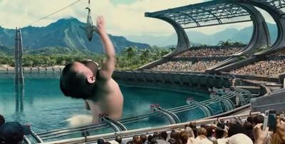 比恐龍還厲害?網友惡搞《侏羅紀寶寶世界》戳中爸媽們
