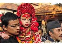 7歲尼泊爾「活女神」10年禁錮人生…初潮便殞落凡間等死