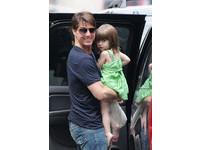 湯姆克魯斯5歲女兒蘇莉要出書!