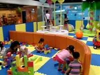 小小人兒交朋友 孩子們的社交能力要靠爸媽「放手」