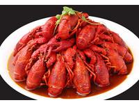 吃小龍蝦吃到咳血 陸女肺部遭寄生蟲鑽成「篩子」