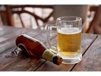 啤酒冰過會變抑癌「鹼性水」? 食藥署:無科學根據
