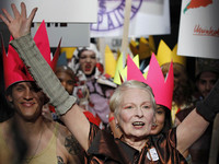 倫敦時裝周/「龐克教母」重視永續 百搭久穿更重要!