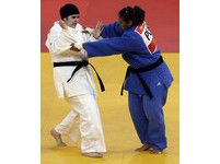 沙國女權再鬆綁 私校女生准上體育課