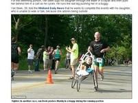 抱13歲癱女跑鐵人賽 密西根男受封「本世紀最佳父親」