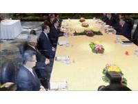 馬習會登場!雙方七人小組上桌。