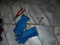 少年黑手半夜戴藍手套!跑到土地公廟 偷40元被逮了