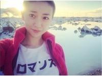 大島優子自拍背後浮「聖光」 網友笑稱:活佛現身啦!