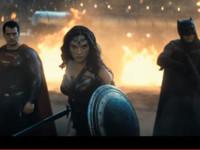 《蝙蝠俠對超人》完整預告出爐 神力女超人終於出現啦