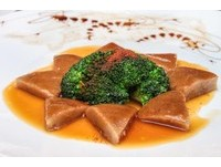 柚子皮也能吃?前置作業要花上7天的傳統粵菜蝦子柚皮