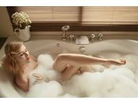 想要一夜好眠就去洗澡!3個「泡澡」技巧讓你躺下就秒睡