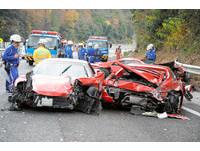 日本富豪超跑競速連環撞 8台法拉利成廢鐵