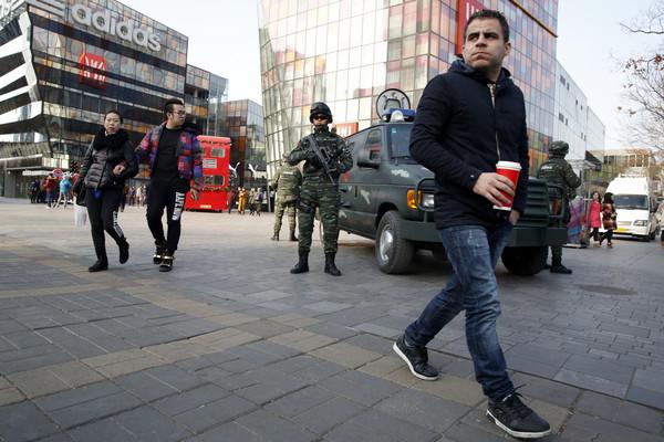北京「雪豹突击队」镇守三里屯圣诞启黄色预警防恐攻| ETtoday大陆