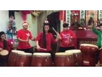 太鼓正妹敲出聖誕「叮叮噹」 方韻晴一摸鼓秒變女將軍