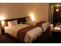 房染「A4大」經血!飯店床鋪全遭殃 女客嗆:毛巾太小