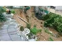連日大雨!基隆土石坍方毀7民宅 現場彌漫瓦斯味