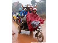買不起黃牛車票 「摩托車大軍」花14小時從廣東騎回廣西
