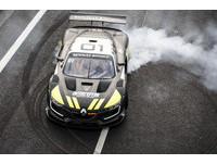 超跑警車追擊狂飆重機 最後誰會勝出?