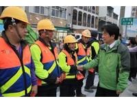 台南初一停收垃圾到初三 賴清德包紅包感謝清潔隊提早開工