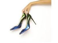 每次穿高跟鞋都覺得腳快廢了?5個購入高跟鞋的須知