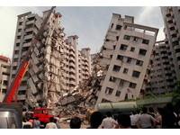 6.4強震台南大樓應聲倒 勾網友恐怖回憶:想起當年921