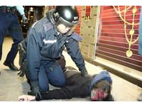 香港旺角事件為「暴亂」 梁振英:處理手法是最克制的