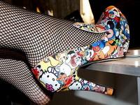 時尚玩味高跟鞋 經典呈現生活中的卡通人物