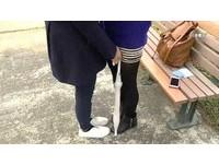 台鐵癡漢拿傘當掩護摸腿 女控:噁心,跟他對到眼