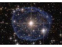 太空中的「寧靜」! NASA拍到絕美「藍色大泡泡」