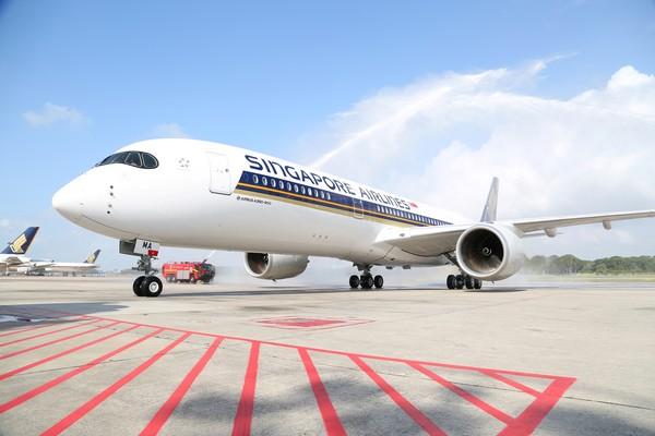 新加坡航空新生力军报到 首架空中巴士A350交机图片