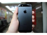 iPhone 5 開賣! Cyber、Studio A、德誼祭優惠吸金